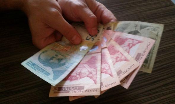 Kragujevčanima plate manje za gotovo 2.000 dinara od republičkog proseka, kaskamo za Pirotom, Kostolcem i Borom