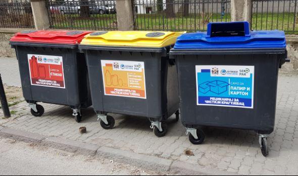 Crveni, plavi, žuti: U toku postavljanje novih KONTEJNERA u Kragujevcu (FOTO)