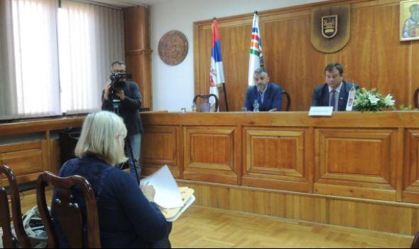 INFORMACIONE TEHNOLOGIJE novi studijski program na Univerzitetu u Kragujevcu
