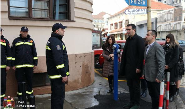 Mirna novogodišnja noć: Policija nije intervenisala, u Hitnoj bez značajnijih povreda i teških posledica