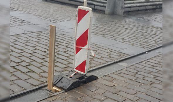 """NAPOKON: """"Inovativno"""" obeležena rupa """"noge da polomiš"""" u Pešačkoj zoni (FOTO)"""