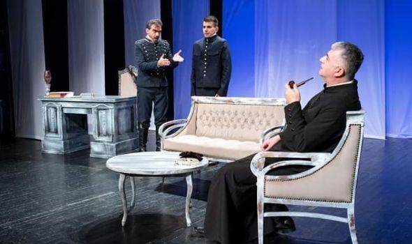"""PREMIJERA predstave """"OTAC"""": Strindbergova drama na sceni KST-a posle 45 godina"""