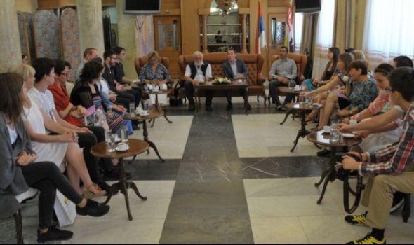 Učesnici Međunarodnog festivala kamernih horova i vokalnih ansambala impresionirani Kragujevcom