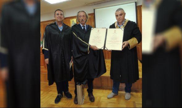 Svetski stručnjak Rafael Buđardini promovisan u počasnog doktora kragujevačkog Univerziteta (FOTO)