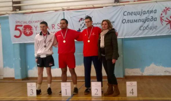 "Stonoteniseri ""Pčelica"" osvojili četiri medalje (FOTO)"