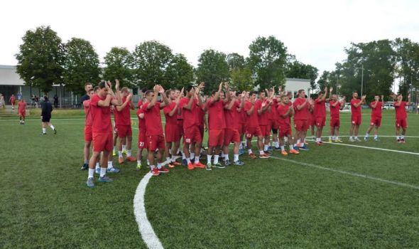 Uz pesmu Đavola Radnički 1923 počeo pripreme za sezonu, na prvom treningu 50 igrača!