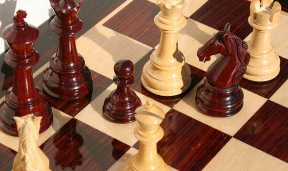 Velemajstorski turnir: Šahisti iz SAD, Francuske, Jermenije, Turske, Crne Gore i Srbije u Kragujevcu