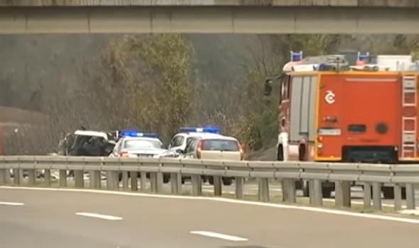 Stravičan sudar u kome je učestvovao kombi kragujevačkih tablica: Tri osobe poginule, osmoro povređenih
