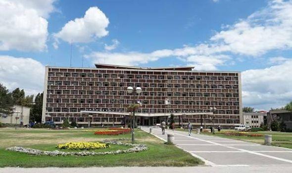 Kragujevcu od države 30 miliona: Nova vozila za Dom zdravlja, opremanje kuhinja vrtića