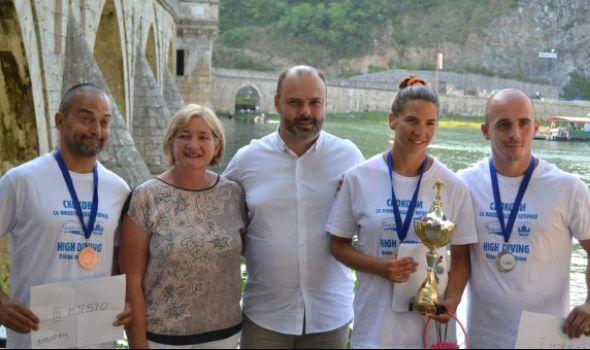 Uspeh kragujevačkog Kluba ekstremnih sportova u Višegradu i Užicu (FOTO)