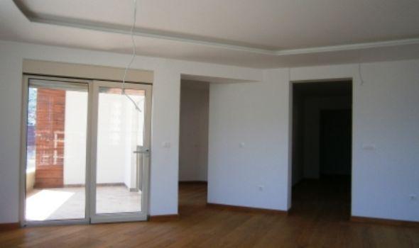 Gradi se i prodaje u Kragujevcu: Stabilne cene stanova, kvadrat najčešće 1000 evra