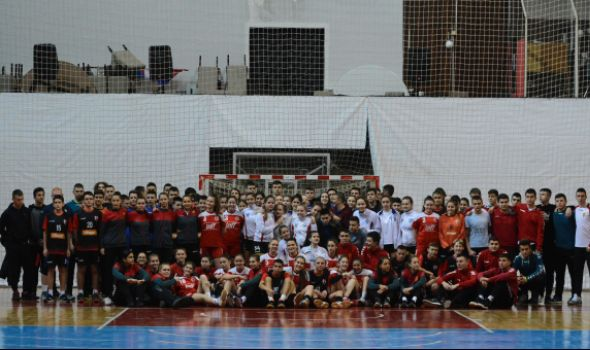 Svetosavski turnir u Kragujevcu završen pobedom Vardara i Metaloplastike