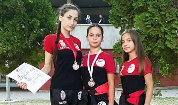 Tekvondo akademiji Kragujevac dve medalje na Otvorenom kupu Srbije (FOTO)