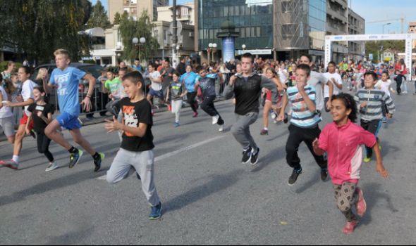 """Akcija """"Za srećnije detinjstvo"""": Pomoć ugroženoj deci Kragujevca"""