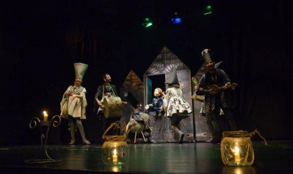 """Predstava """"Trnova Ružica"""" u Pozorištu za decu"""