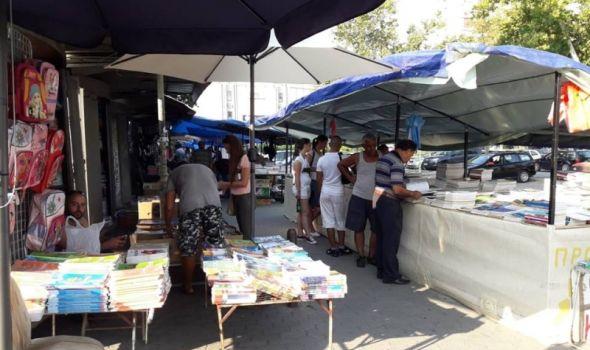 Počela prodaja polovnih udžbenika, cene više nego duplo niže u odnosu na nove