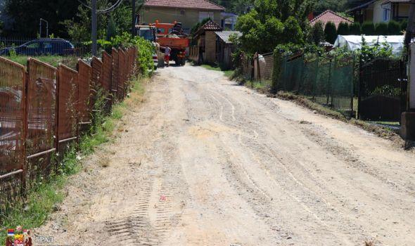 Rehabilitacija puteva i ulica oštećenih u junskim poplavama (FOTO)