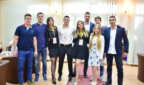 "Kragujevački studenti ekonomije uspešni na takmičenju ""Case Study – Face the Challenge"""