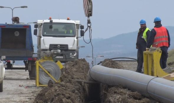 Nova vodovodna mreža u Radnoj zoni Feniks, od proleća zamena azbestnih cevi po naseljima