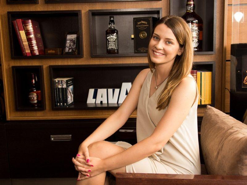 Intervju: BOJANA MARINKOVIĆ - Aktivnim studiranjem do prelepih iskustava, pa i do Oksforda