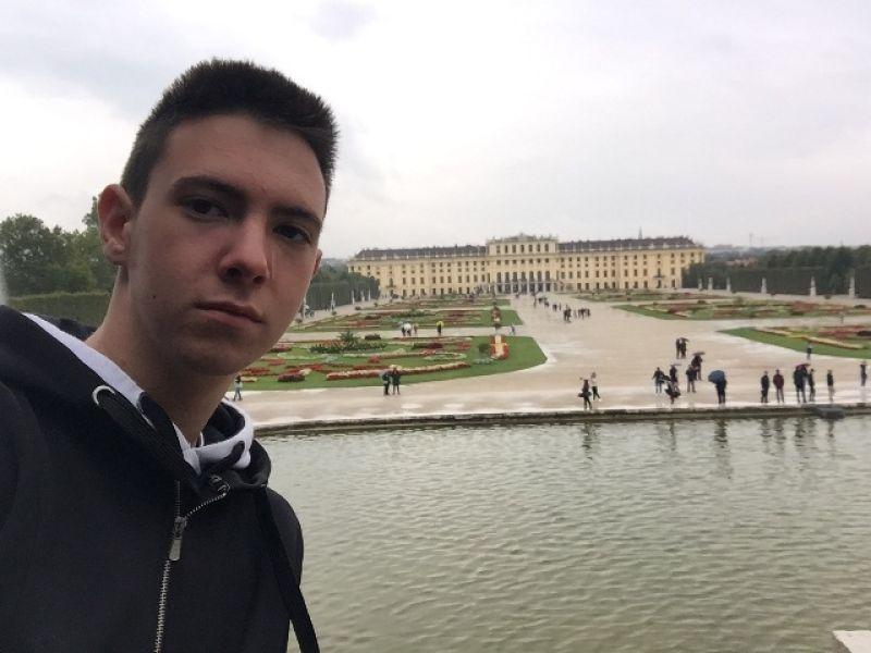 Gimnazijalci pišu - Darko Marjanović: Urbana spika - ko je bagmen, a kome je sve laganica