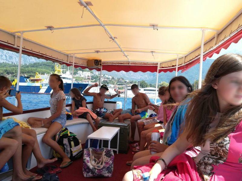 """Deca iz Centra """"Kneginja Ljubica"""" letovala zahvaljujući Humanitarnom susretu """"oldtimera"""" (FOTO)"""