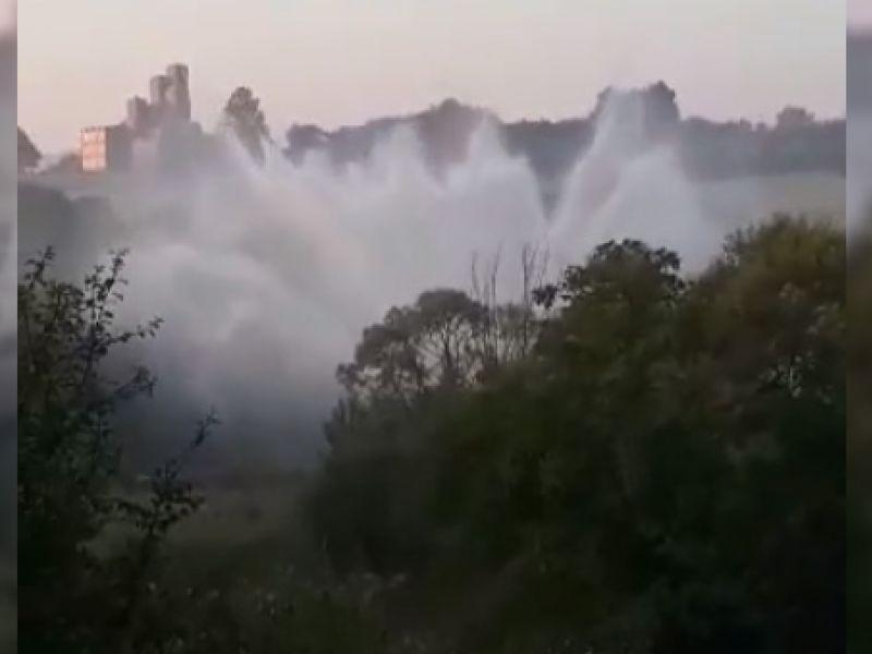 """""""Fontana"""" u Šumaricama: Havarija na magistralnom cevovodu (VIDEO)"""