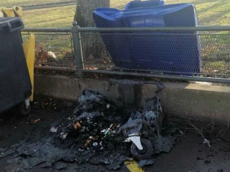 Nemar građana: Kontejneri u centru grada zapaljeni i oštećeni (FOTO)