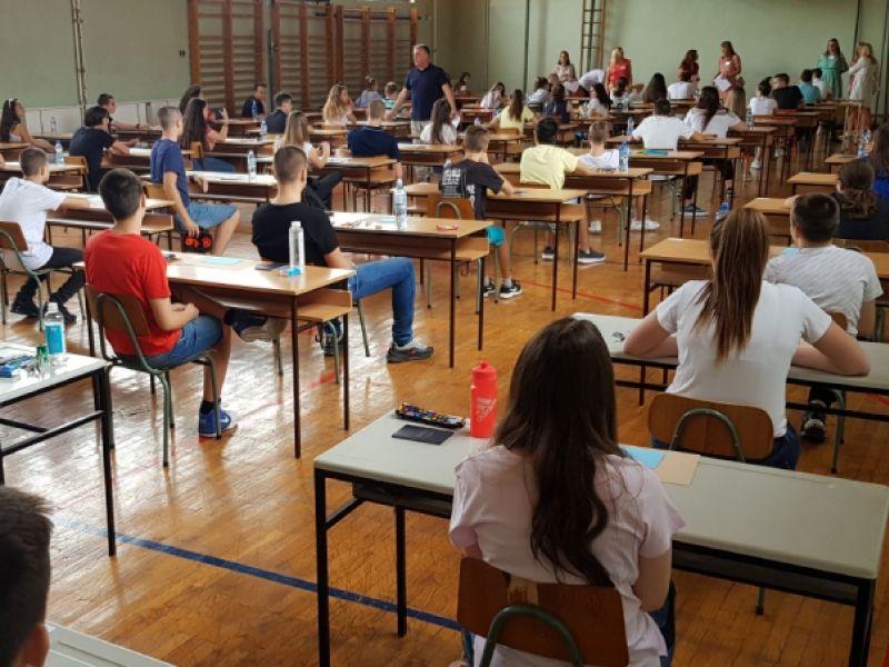 Mali maturanti polagali SRPSKI JEZIK, objavljena REŠENJA TESTA