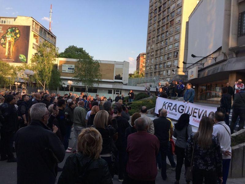 """""""Mršavo"""": Građani spontano na protest """"1 od 5 miliona"""", organizatori nisu ni pozivali na skup"""