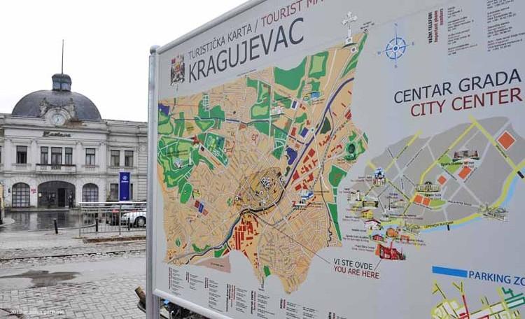 Zlatni List Stigao U Kragujevac Region Hoce Ficu Za Uspomenu
