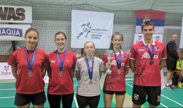 "Badminton klub ""Ravens KG"" osvojio 14 medalja na ""Trofeju Beograda"" (FOTO)"