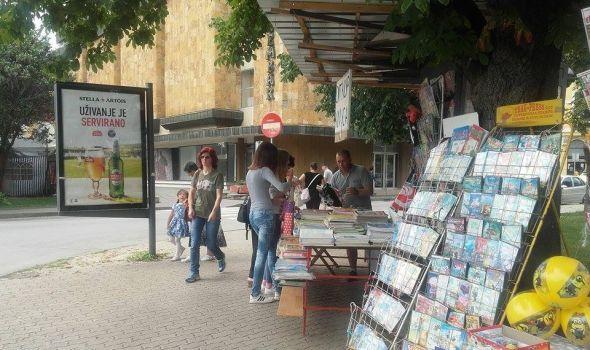 Izdavači protiv uličnih prodavaca knjiga, đacima duplo jeftinije