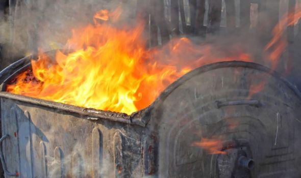 Nesmotreno bacanje žara najčešći uzrok paljenja kontejnera