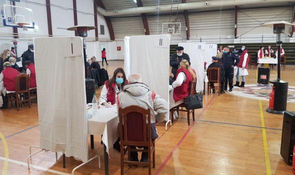 Nadležni i dalje apeluju na građane da se vakcinišu, do sada je to učinilo više od 40.000 Kragujevčana