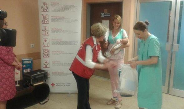 Crveni krst darivao 46 beba