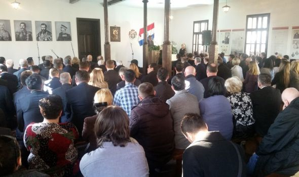 Sretenje obeleženo u Kragujevcu, ali bez vrha države (FOTO)