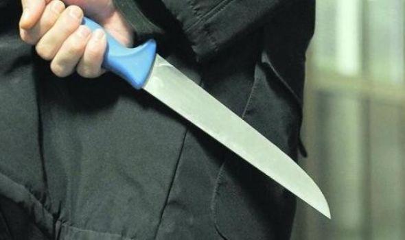 Kragujevčanin nožem na policajca