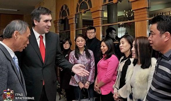 Nikolić aktuelizovao staru priču: Kina je naše sidro!