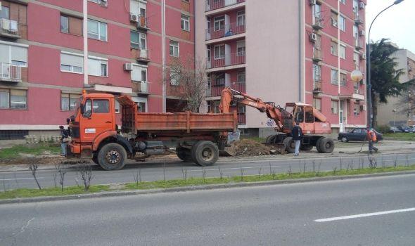 """Čistoća"" rekonstruiše ulice i trotoare (FOTO)"