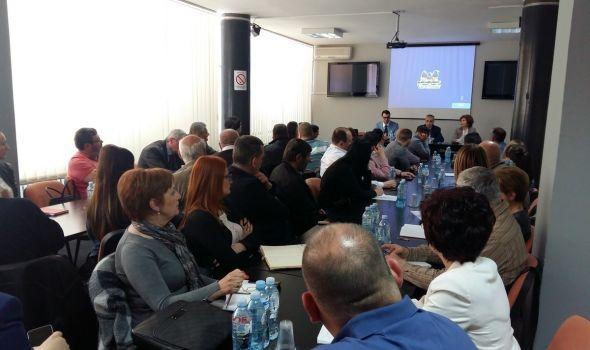 "Kako upotrebiti društvene mreže u poslovne svrhe? Seminar ""Digitalni marketing i brending"" u Kragujevcu"