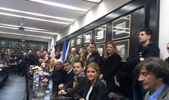 Koalicija ZZŠ-DS prva predala izbornu listu