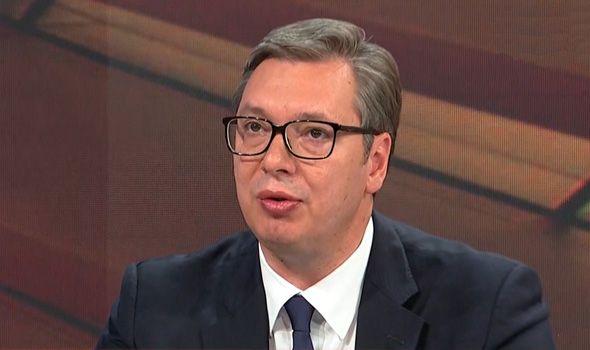 Vučić: Još 20 € građanima u decembru, za rođenje deteta 5.000 €