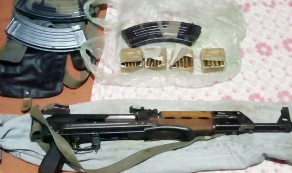 U pregradnom zidu krio automatsko oružje i municiju (FOTO)