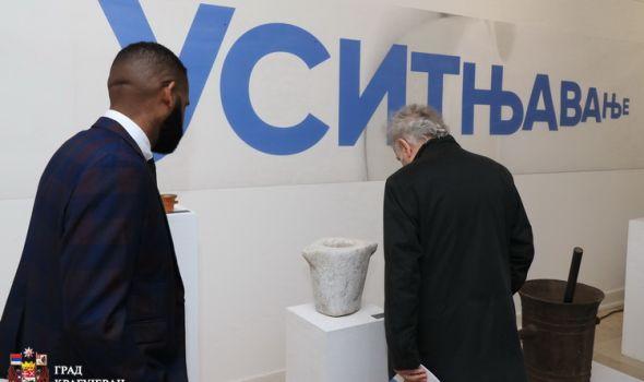 """""""Usitnjavanje"""" u Narodnom muzeju: Izloženi avani stari i po nekoliko hiljada godina"""