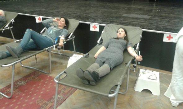 Na PMF uspešna akcija doborovoljnog davanja krvi, sutra na redu Ekonomski fakultet