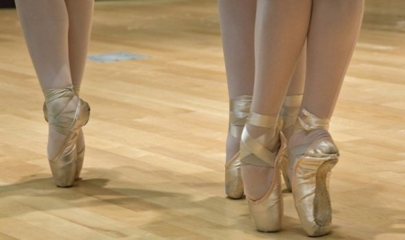 """Novogodišnja bajka: """"Mali liceum"""" i balet u Pozorištu za decu"""