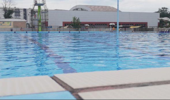 Ispraća se leto: Rok koncert na bazenima i druženje sa sportistima