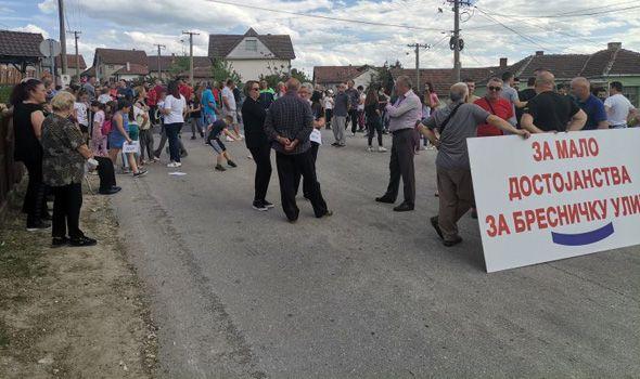 Posle razgovora s gradonačelnikom, prekinuta blokada puta Kragujevac-Trmbas