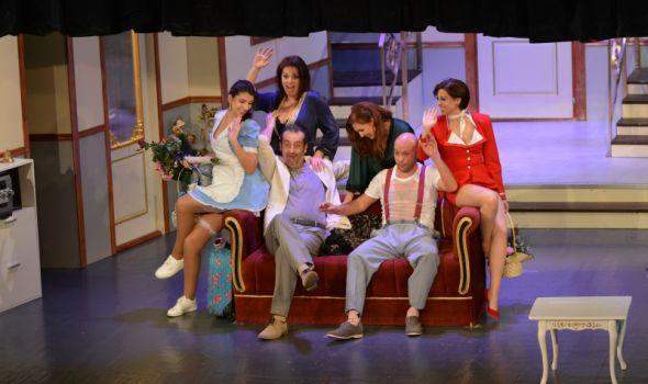 """PREMIJERA: Teatar poleće """"Boing, boing-om"""" pravo u urnebesnu komediju (FOTO)"""